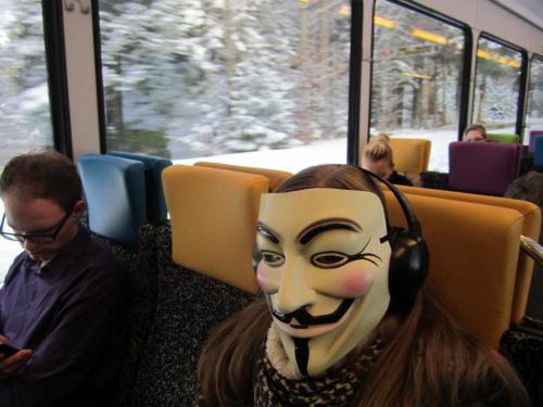 Anonymous_fhrt_zug